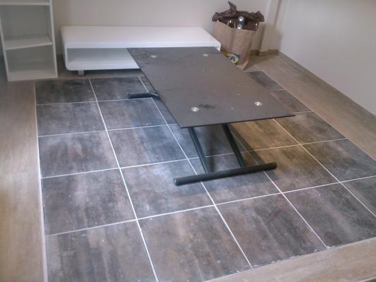 incrustation motif carrelage dans du parquet 2009 home deco sol dallages pinterest. Black Bedroom Furniture Sets. Home Design Ideas