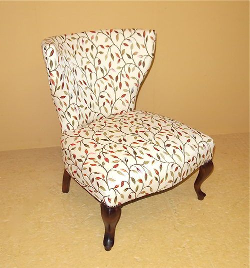Amazing Vintage Upolstered Chairs For The Bedroom | Small Upholstered Chair   R3505    Antiques Atlas