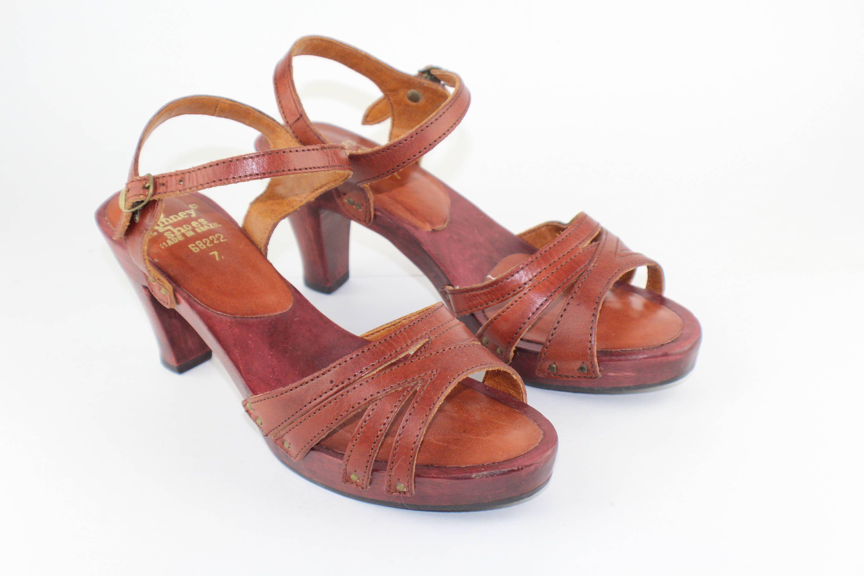 2785fa7dffe88 Kinney Shoes Women's Vintage 1970's Wooden Heels Size 7 Brazilian ...
