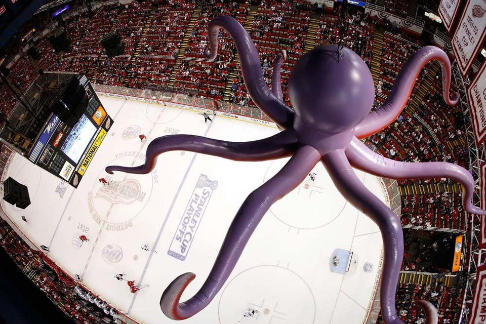 Octopus in the Rafters (awesome shot!) via Pavel Datsyuk's