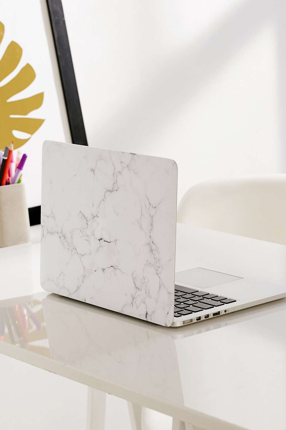 Watch 11 Faux Marble Accessories that Look as Good as the RealThing video