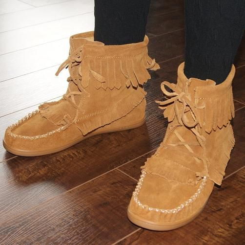Women's Stylish Lace-Up Moccasin Boots