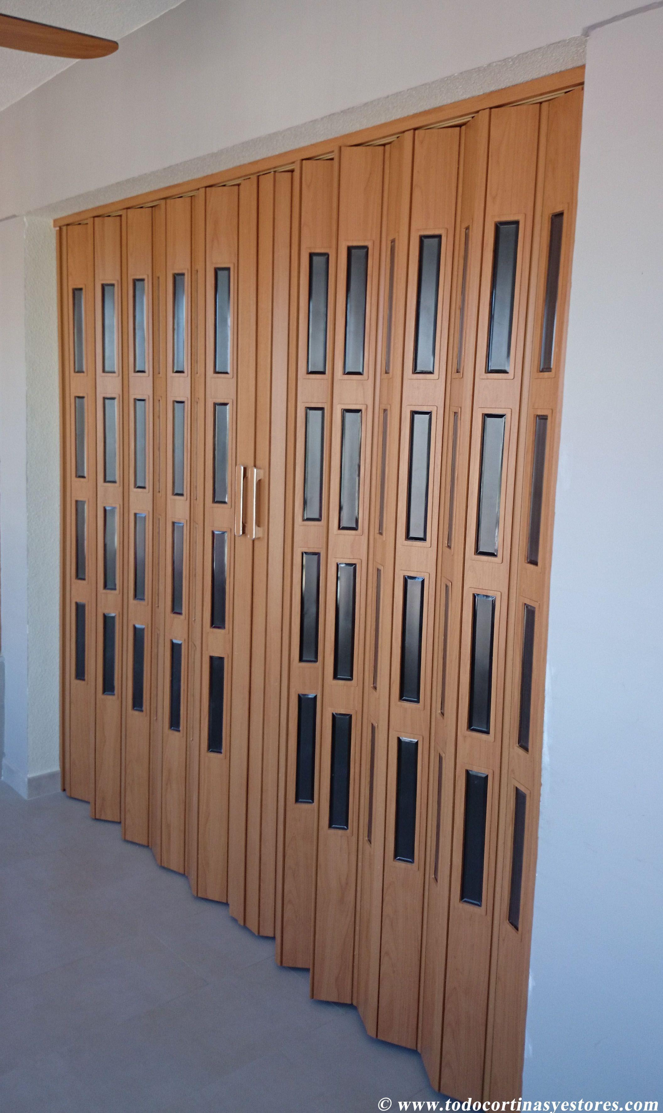 Puerta plegable de pvc banos pinterest puertas for Puertas plegables de interior