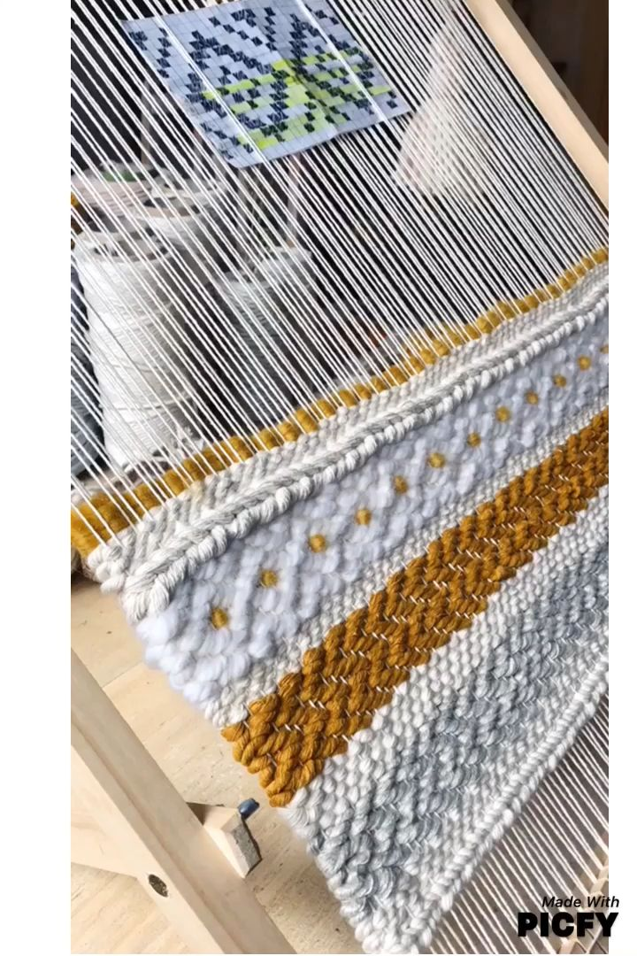 This is an advance twill pattern that I have woven with double yarn