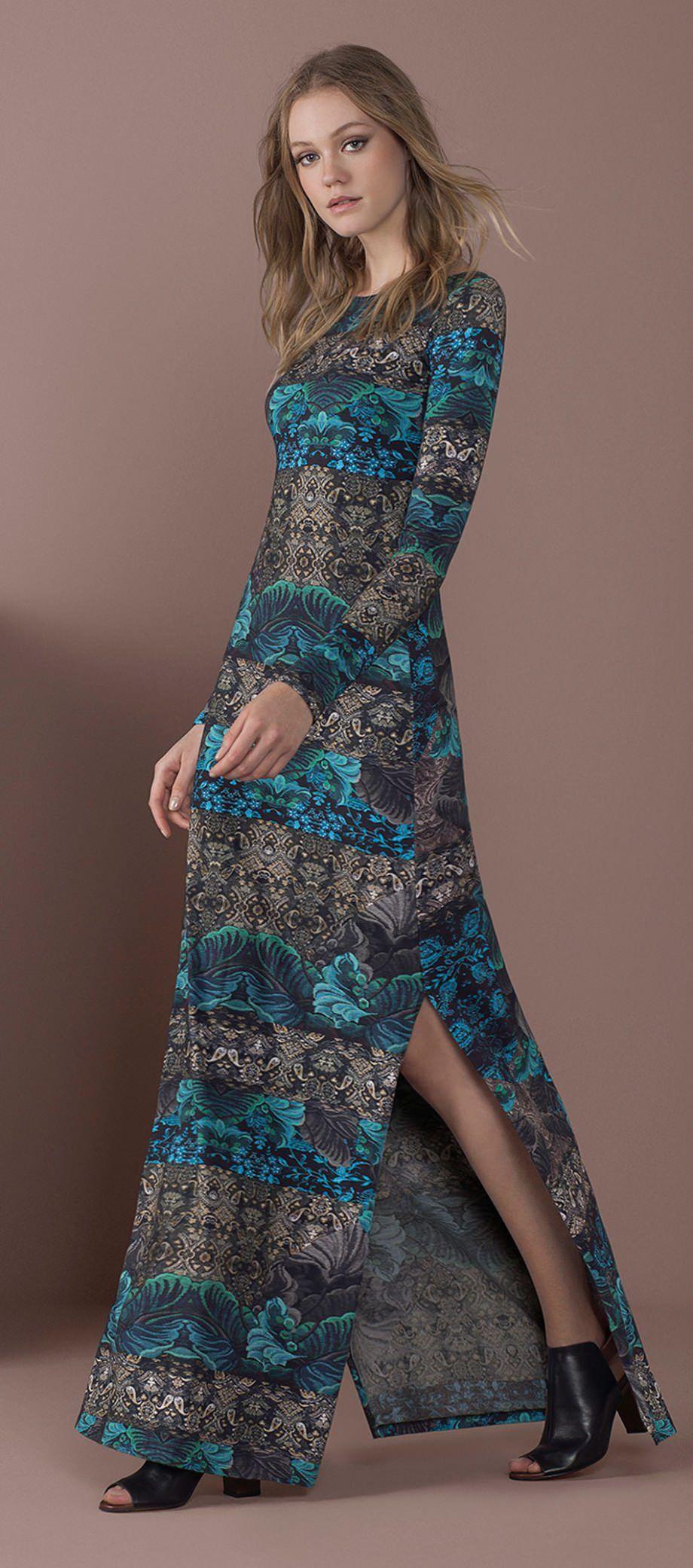 Vestido longo floral com salto