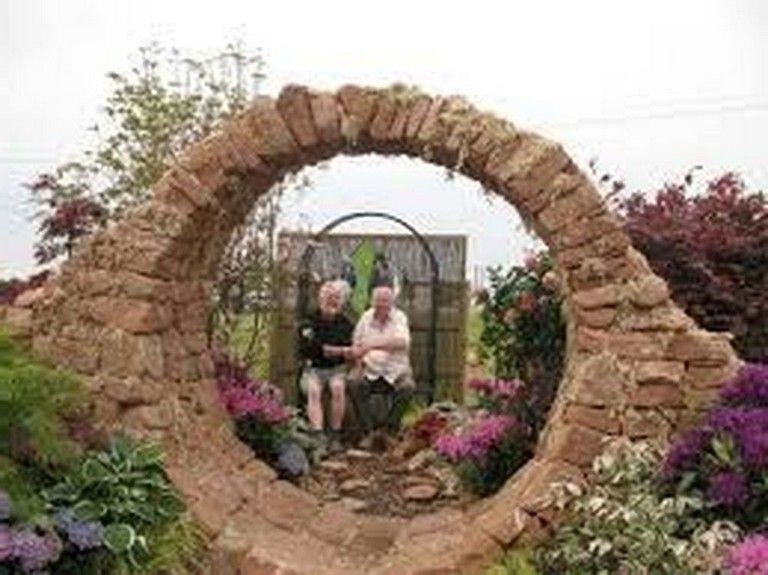 29 Gute Stone Moon Gate Ideen In 2020 Garten Feuerstelle Garten Gartentor