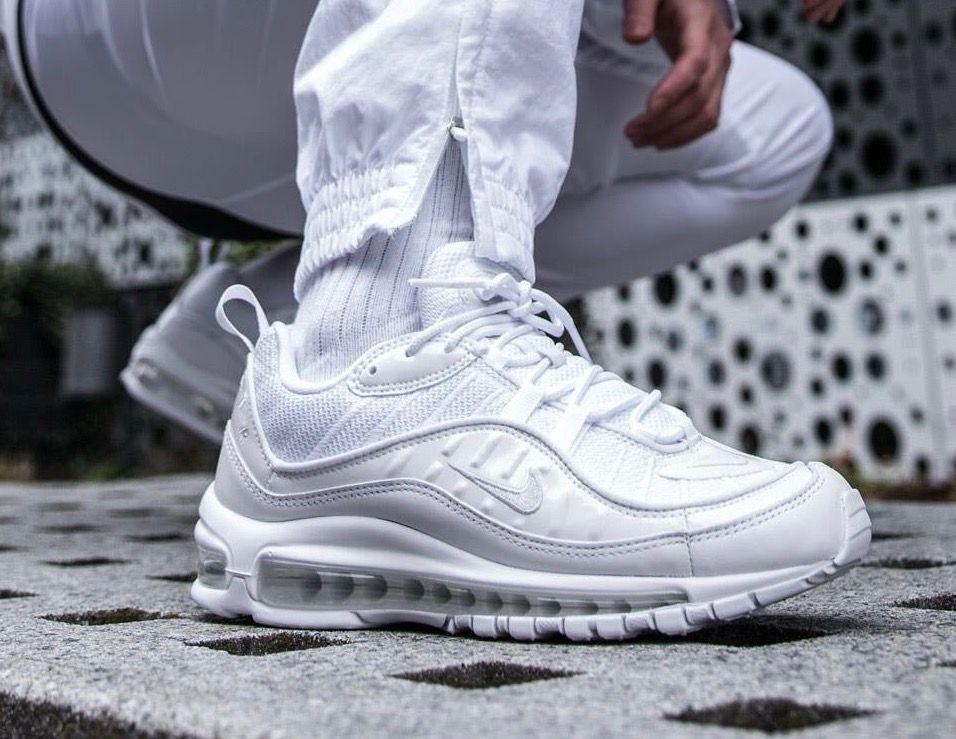 sale retailer 71616 61716 Nike Air Max 98  White
