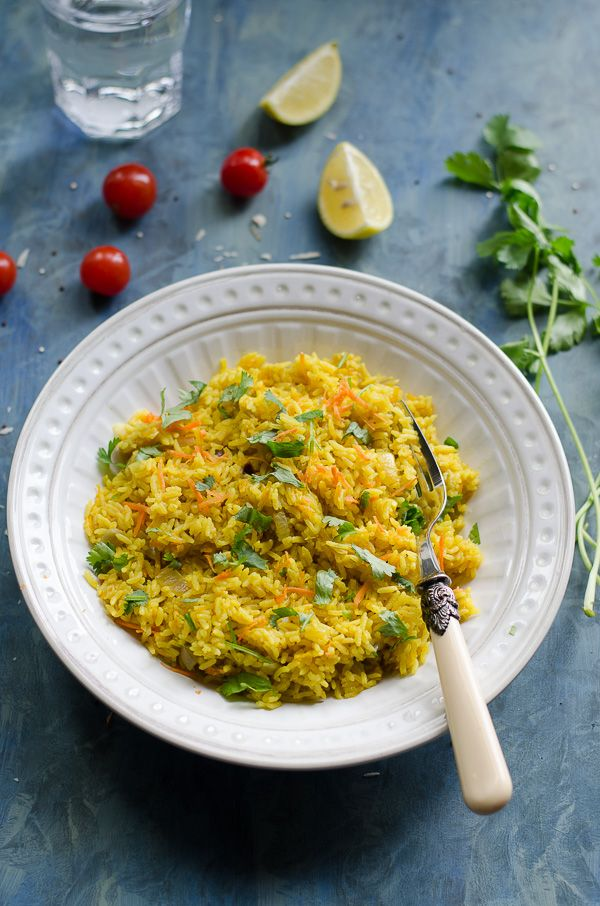 Zucchini carrot turmeric pilaf rice- This is THE perfect dinner. Healthy + Vegan + GF