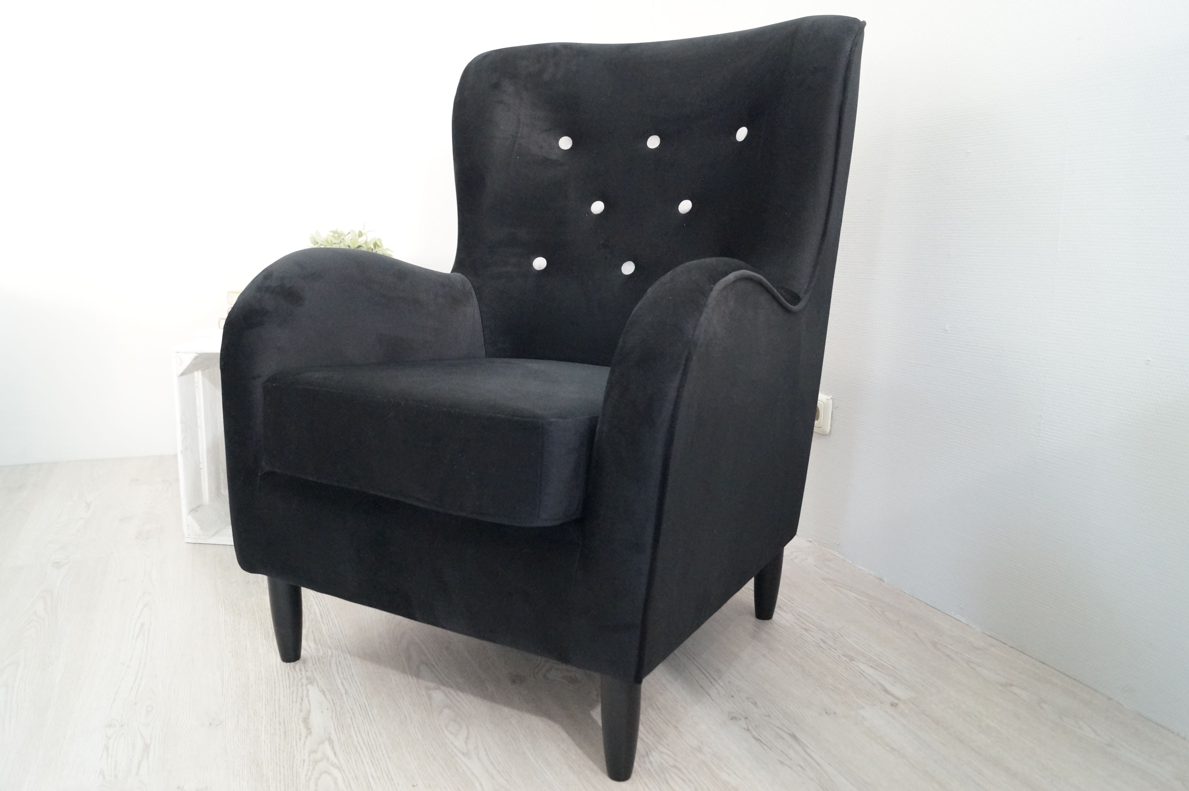 sofa lagerverkauf sofa couch sofa g nstig polsterm bel. Black Bedroom Furniture Sets. Home Design Ideas