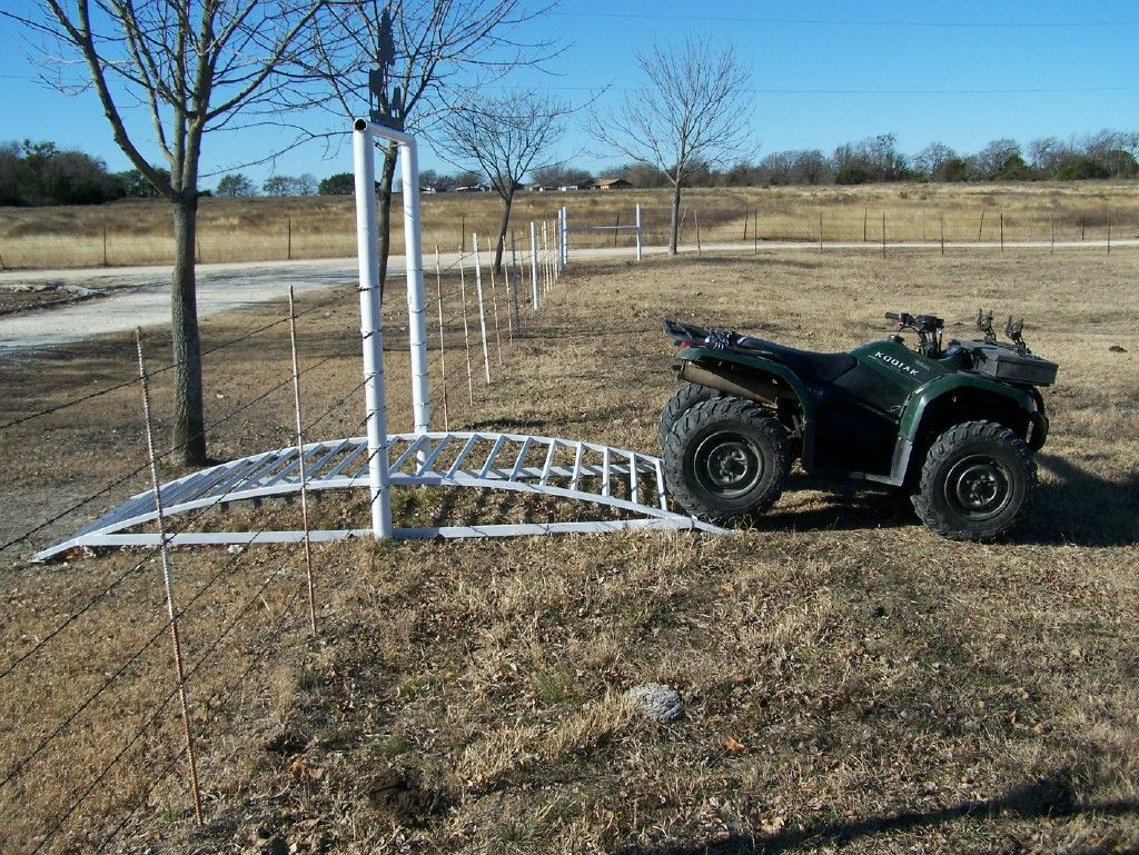Farm And Ranch Entrances Wheeler Gator Gate Never Get Off To Open Farmer Friendly Solar Based Electric Fencer For Rural Agriculture The Again Cool