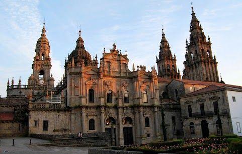 Catedral Santiago De Compostela Ubicación Galicia España Construcción 1075 1211 Estilo Arquitect Santiago De Compostela Estilo Arquitectónico Arquitectonico