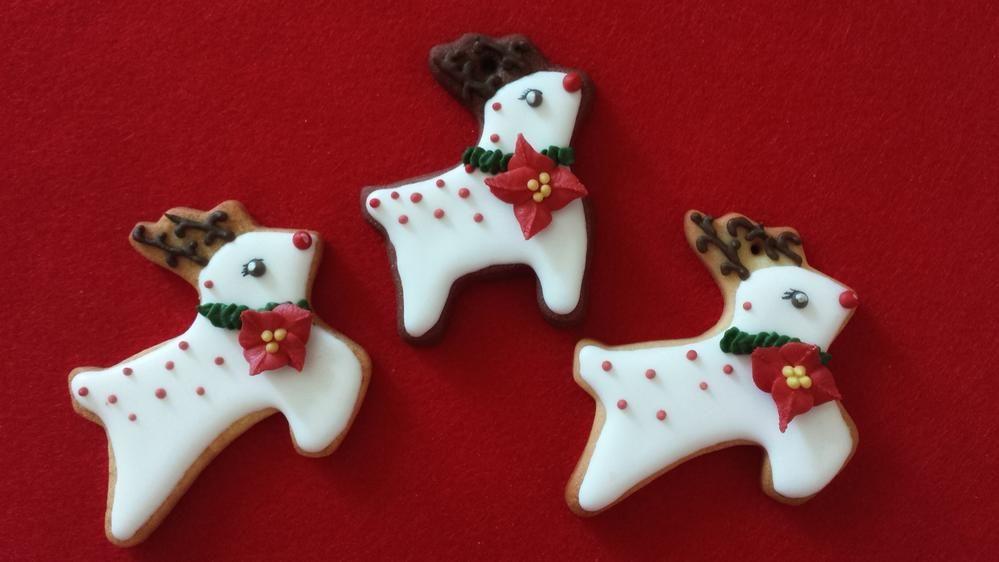 Poinsettia Pois Reindeers