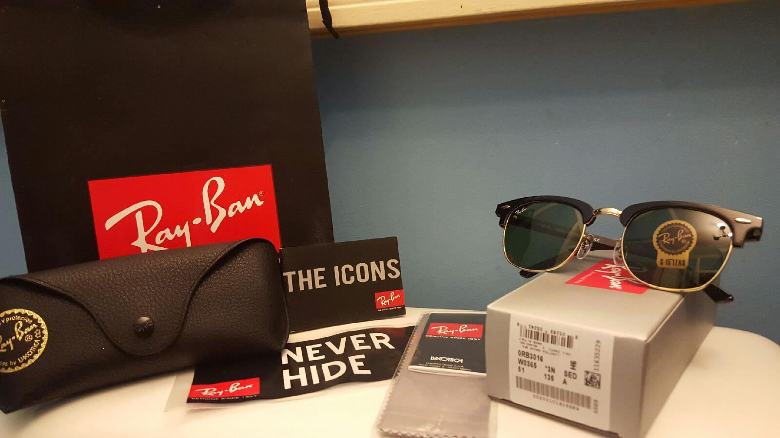 f21a72ca3b033 New Ray Ban Clubmaster Sunglasses RB 3016 W0365 Black Gold Frame Green Lens  51mm