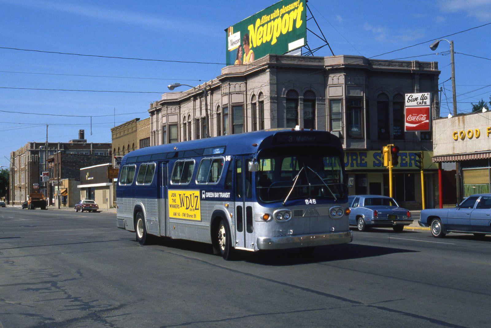 Green Bay Fishbowl Bus Coach Rapid Transit New Bus
