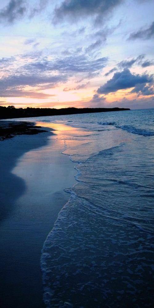 Holguin, Cuba 🌤️ -------------Guardalavaca Beach, Holguin, Cuba 🌤️ -------------Beach, Ho