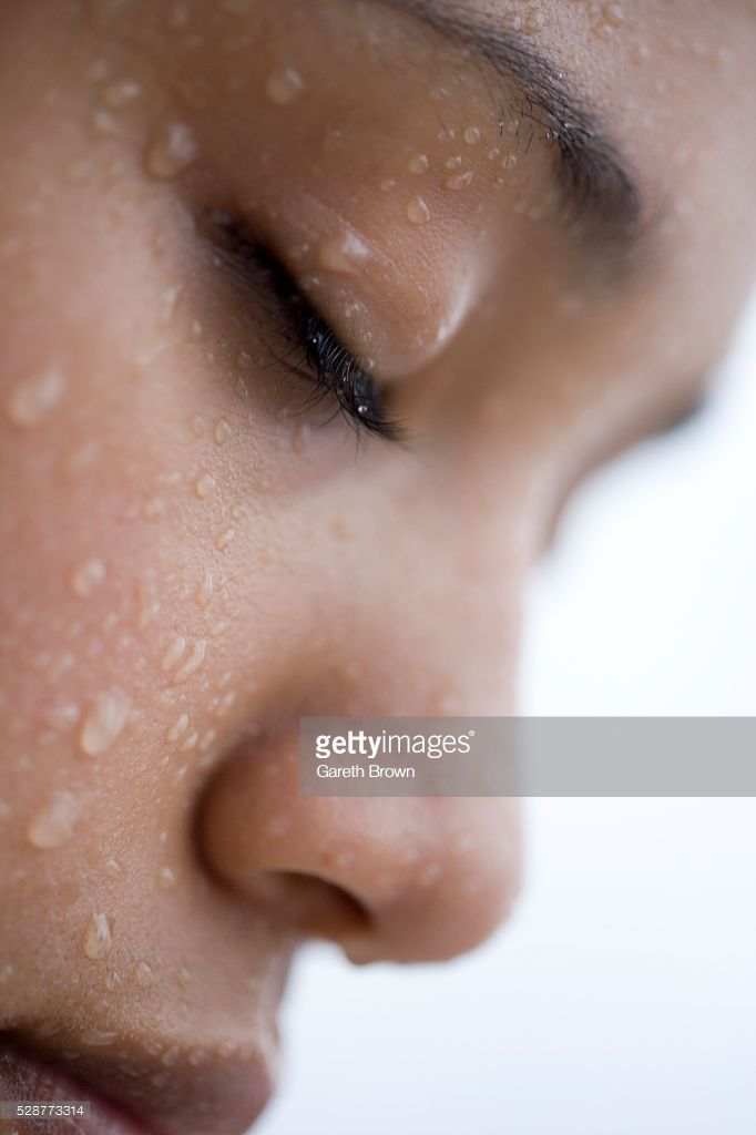Stock Photo : Woman with Closed Eyes