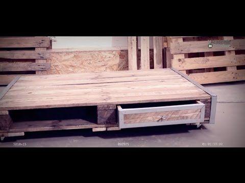 Bricoler Avec Bosch Creer Une Table Basse Avec Une Palette Recup Academie Du Bricoleur Table Basse Palette Table Basse Fabriquer Une Table Basse