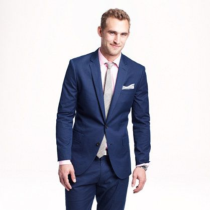 The color and style of suit Chris likes. French Blue- it looked so handsome on him!!  Ludlow suit jacket in Italian cotton piqué