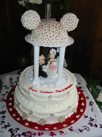disney wedding cake toppers mickey minnie wedding cake pictures 1