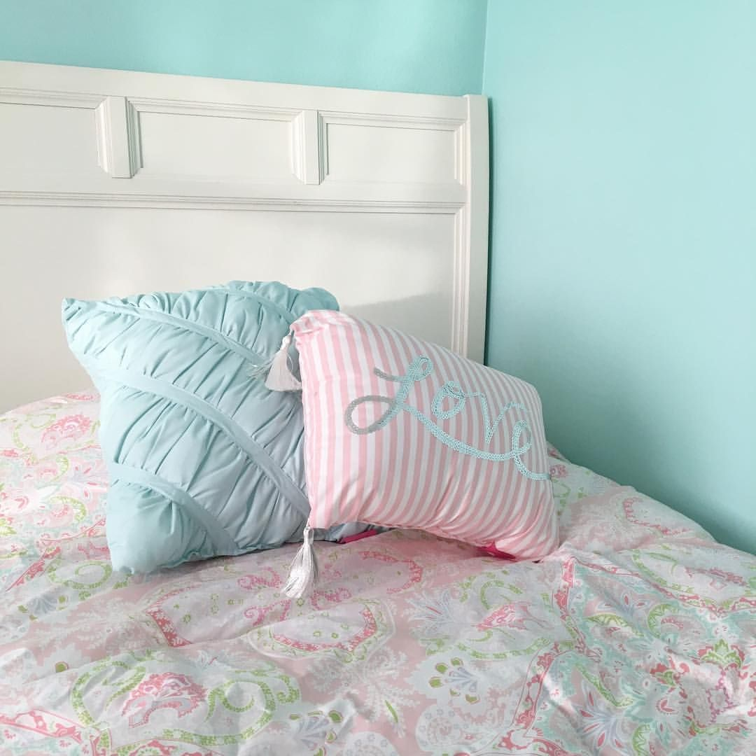 Sherwin Williams Tame Teal Paint Wall Color Just S In