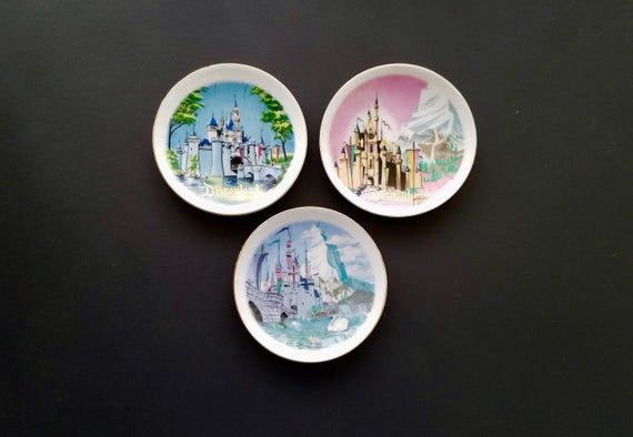3 Disneyland Vintage Mini Souvenir Plates Sleeping Beauty Castle, Matterhorn, Castle with Swan #disneylandfood