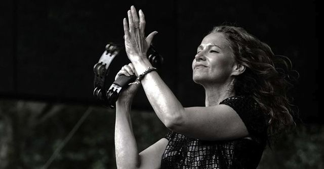 #Interview: Joan Osborne Talks Bob Dylan, Motherhood and Advice for New Artists