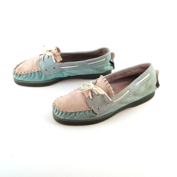 50b2621fadc Zodiac Boat Shoes Vintage 1980s Mens Teal and Off White Leather Size ...