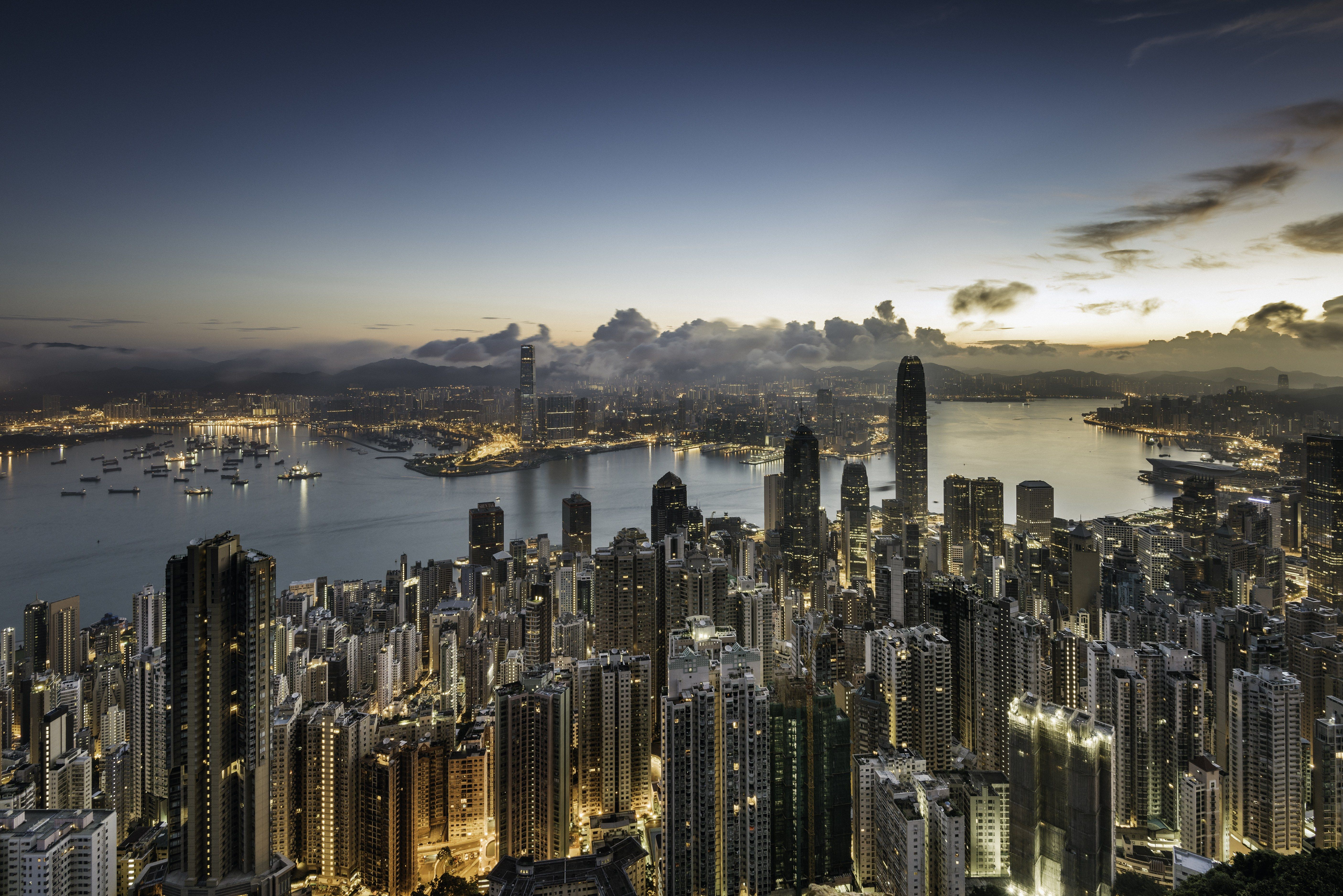 Flight Deal U.S. to Hong Kong from 550 RoundTrip City