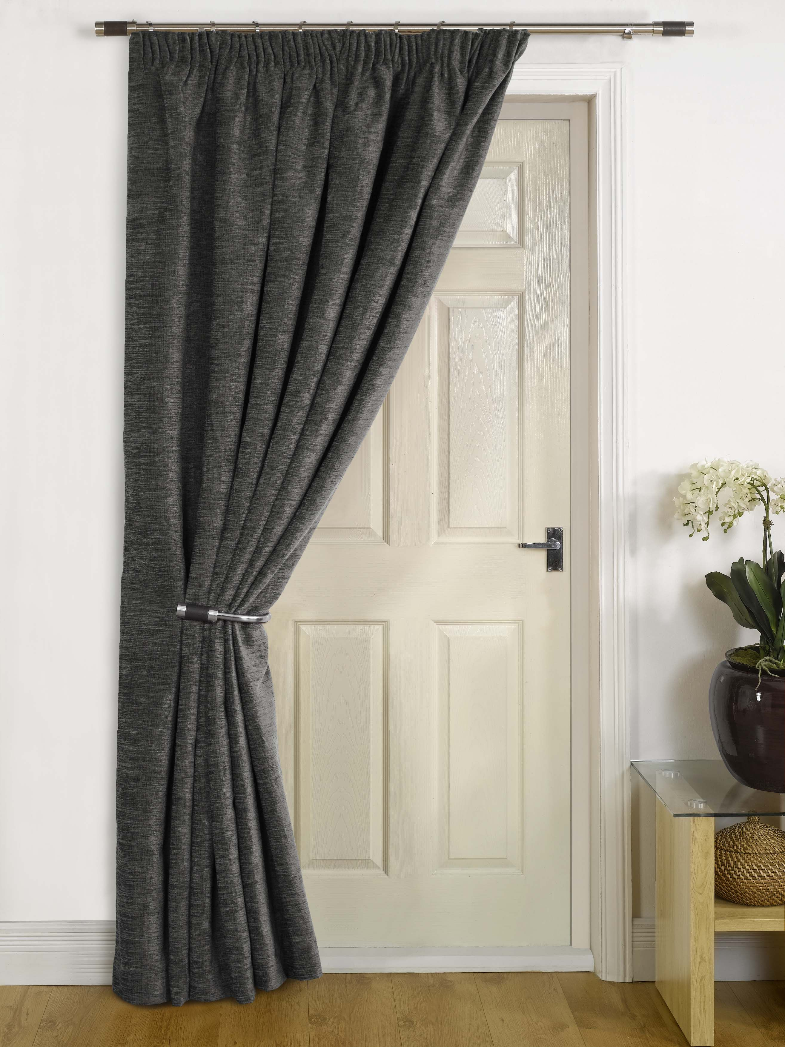 Change The Style And Look Of Your Room With Door Curtains Door