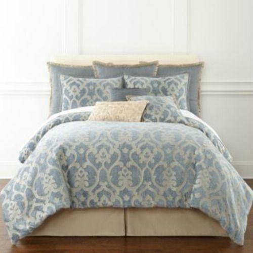 Royal Velvet Alexandria Jacquard King Comforter Set 4pcs
