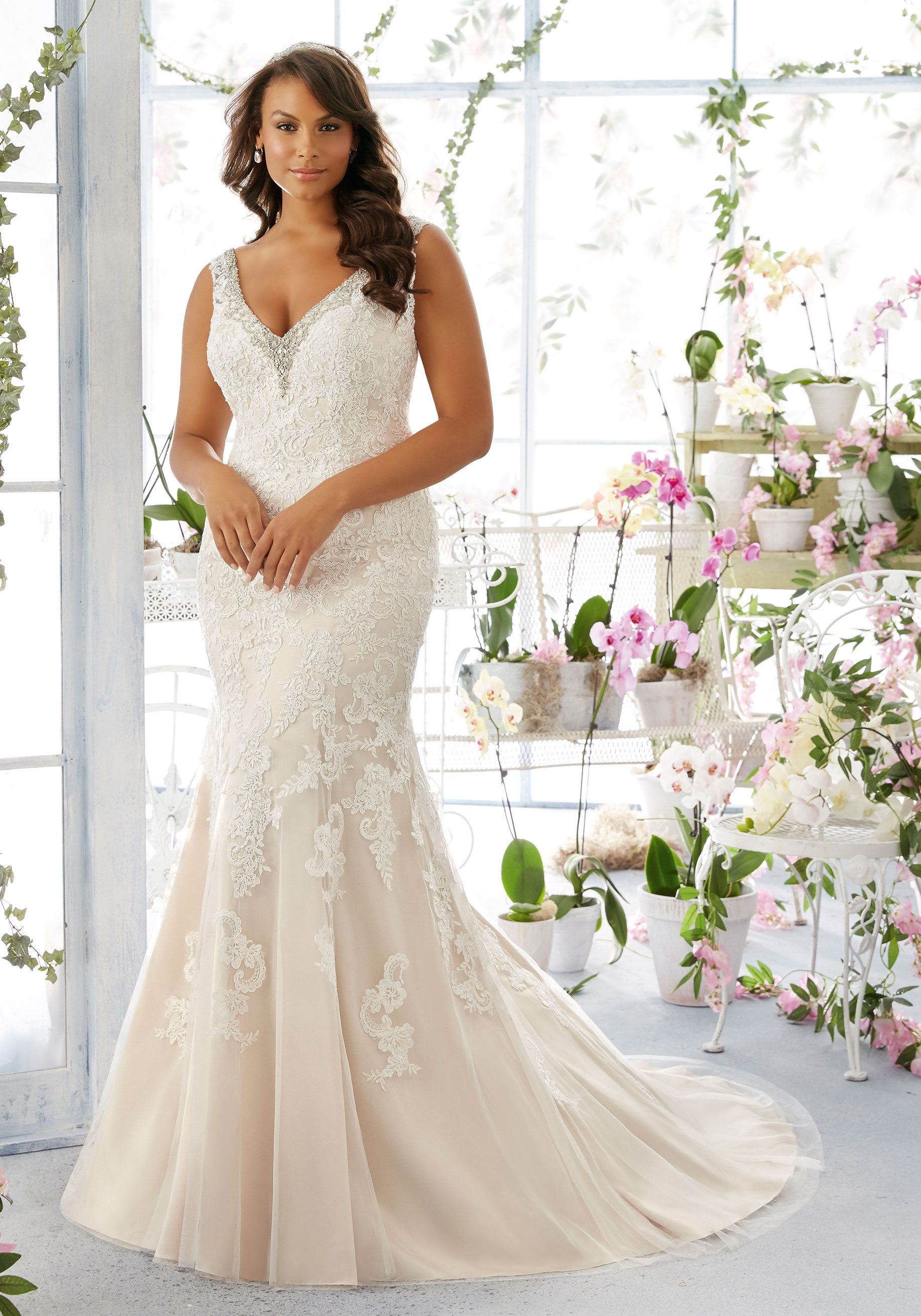 Wedding dresses for plus size brides  Diamanté and Pearl Beaded Edging Trims the Net Dress with Alençon