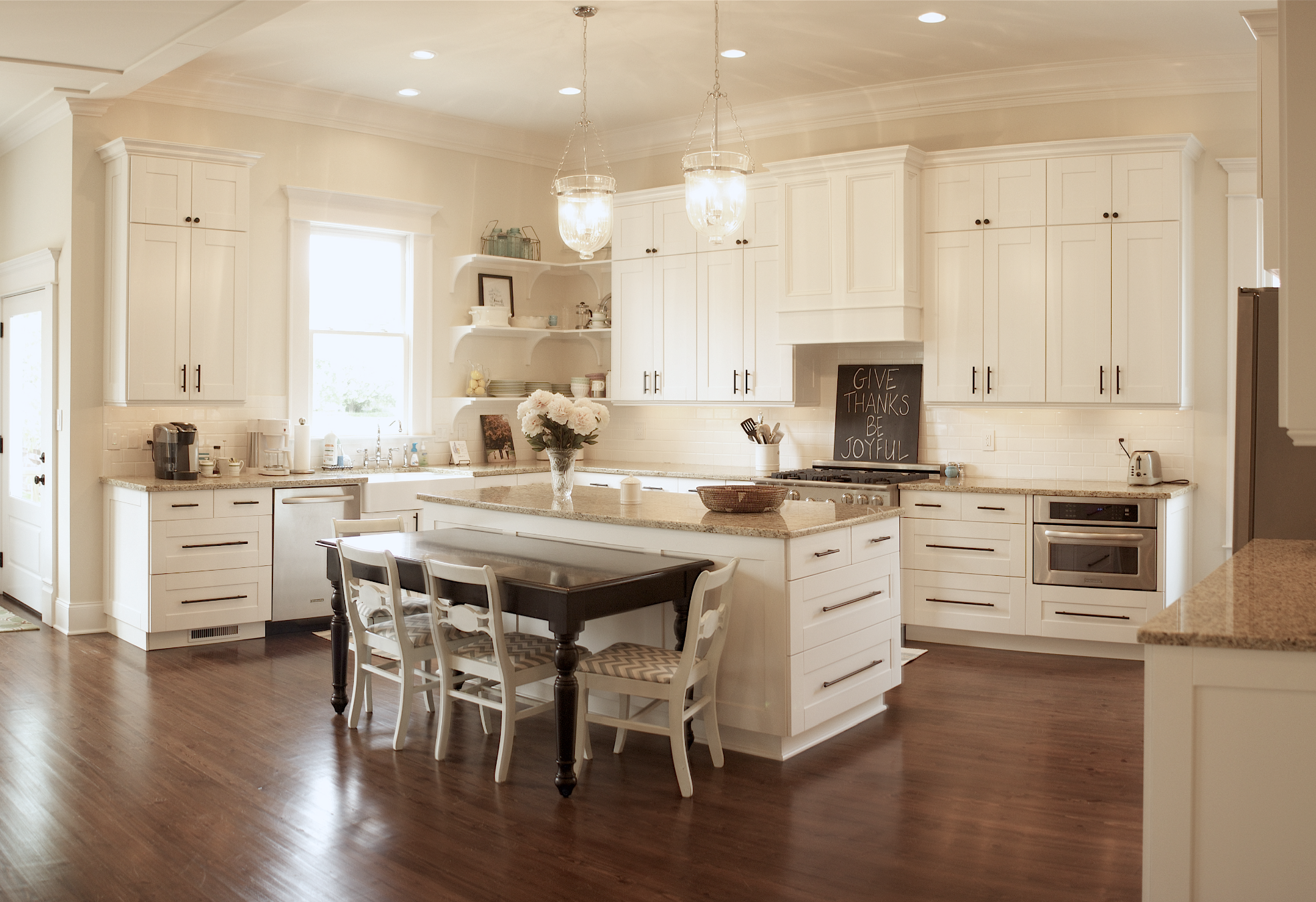 The island kitchen design - Really Love This Cabinet Style All The Bottom Cabinets Are Drawers And The Island