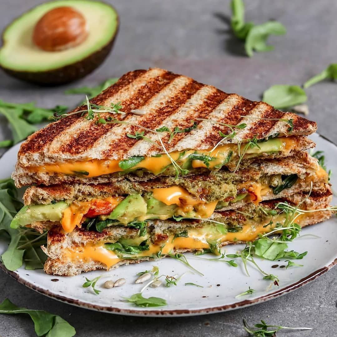The Humble Vegan Cheese Toastie So Simple Yet So Tasty And So Much Room For Creativity What S Your Secret Toa Grilled Cheese Avocado Vegan Grilling Food