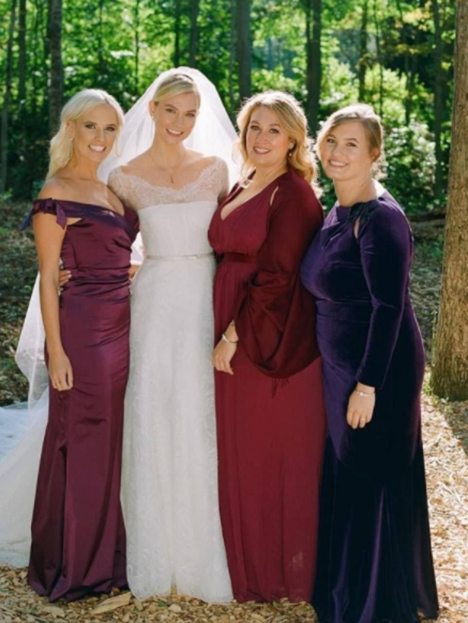 Bride Tribe She Posed With Her Three Sisters Kariann Kristine And Kimberly Who Acted As: Kimberly Perry Wedding Dress At Reisefeber.org