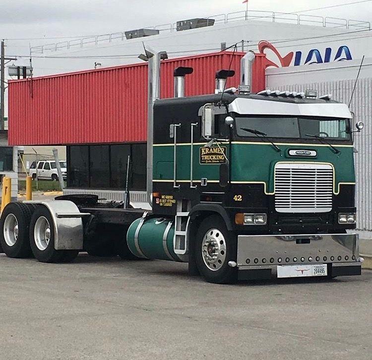 Freightliner Coe Rig Semi Tractor Trailer Trucks Show