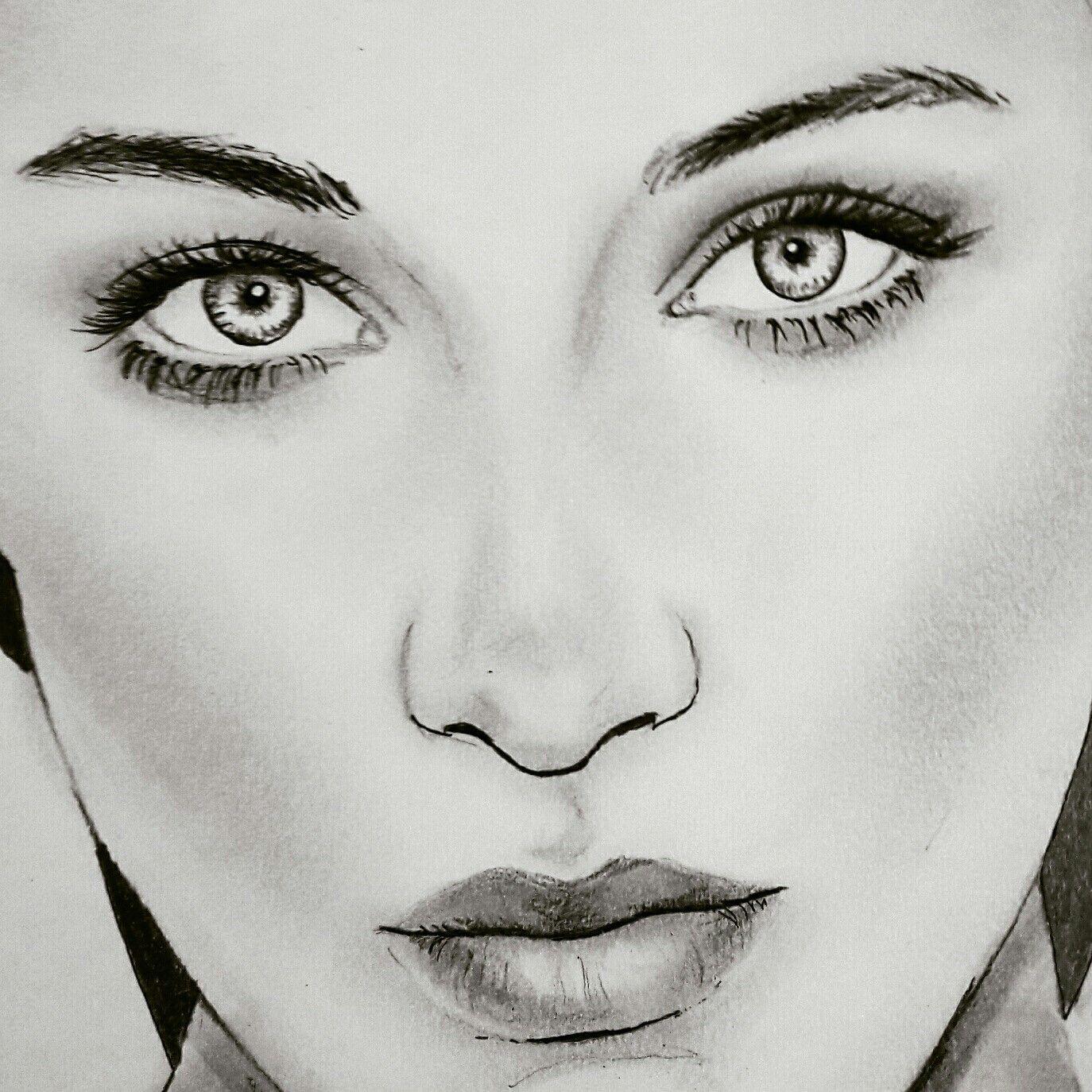 Bella Hadid Drawing Mmm V 2019 G