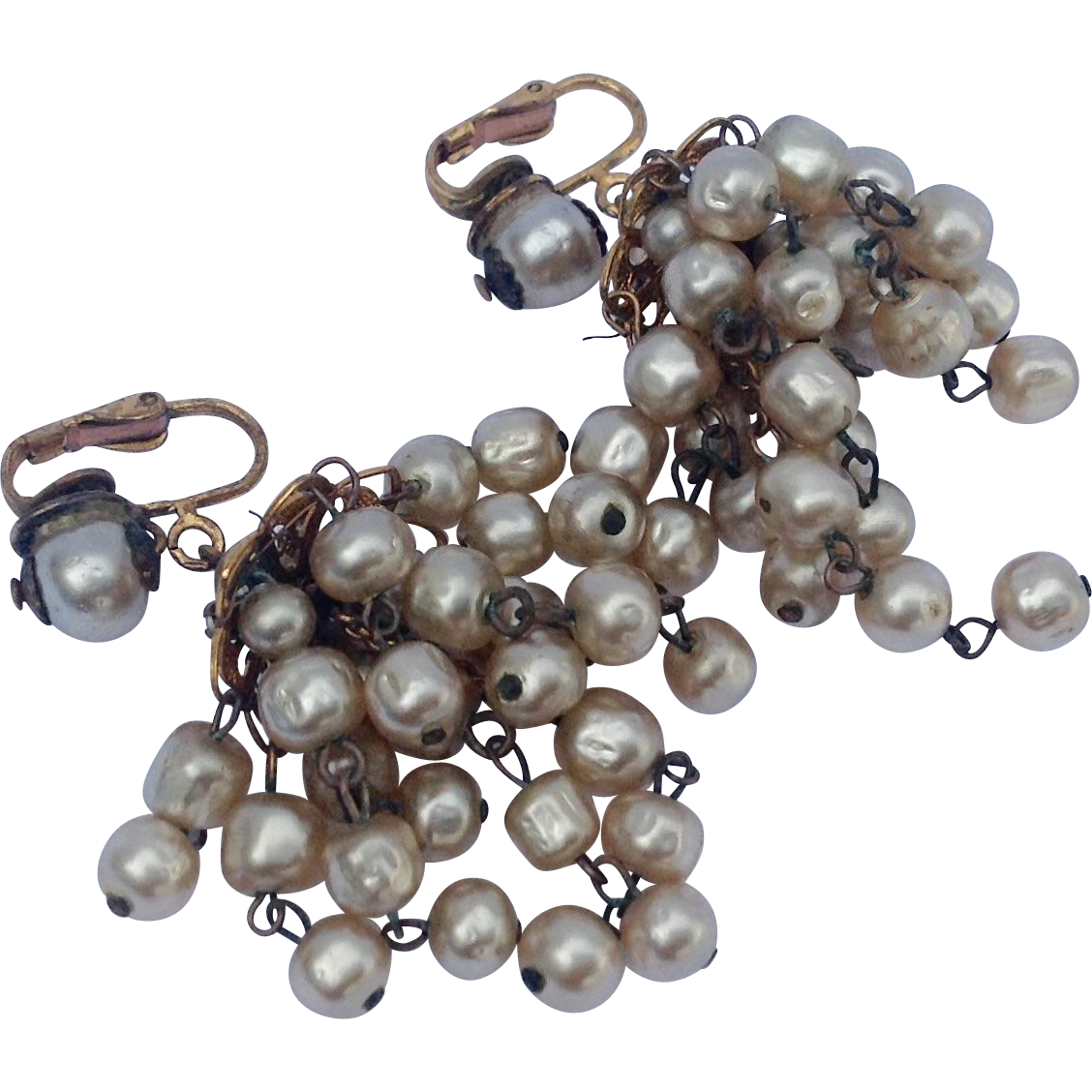 Vintage faux pearl chandelier earrings pearl chandelier vintage faux pearl chandelier earrings arubaitofo Image collections
