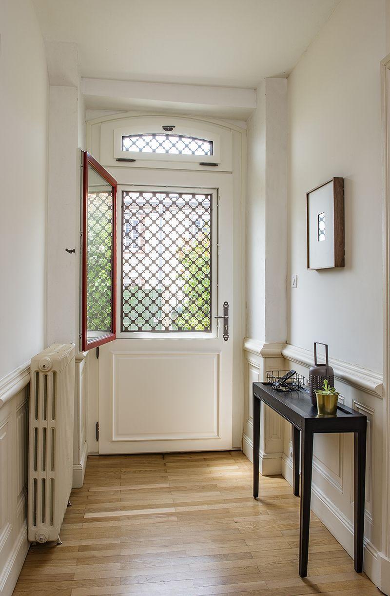Découvrez le modèle Montmartre, une porte d'entrée en bois ...