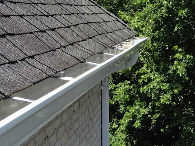 Columbus Windows And Siding 614 453 5332 How To Install Gutters Skylight Design Affordable Roofing