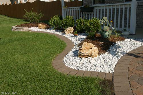 Brick Edging Ties Into Paver Sidewalk Backyard 400 x 300