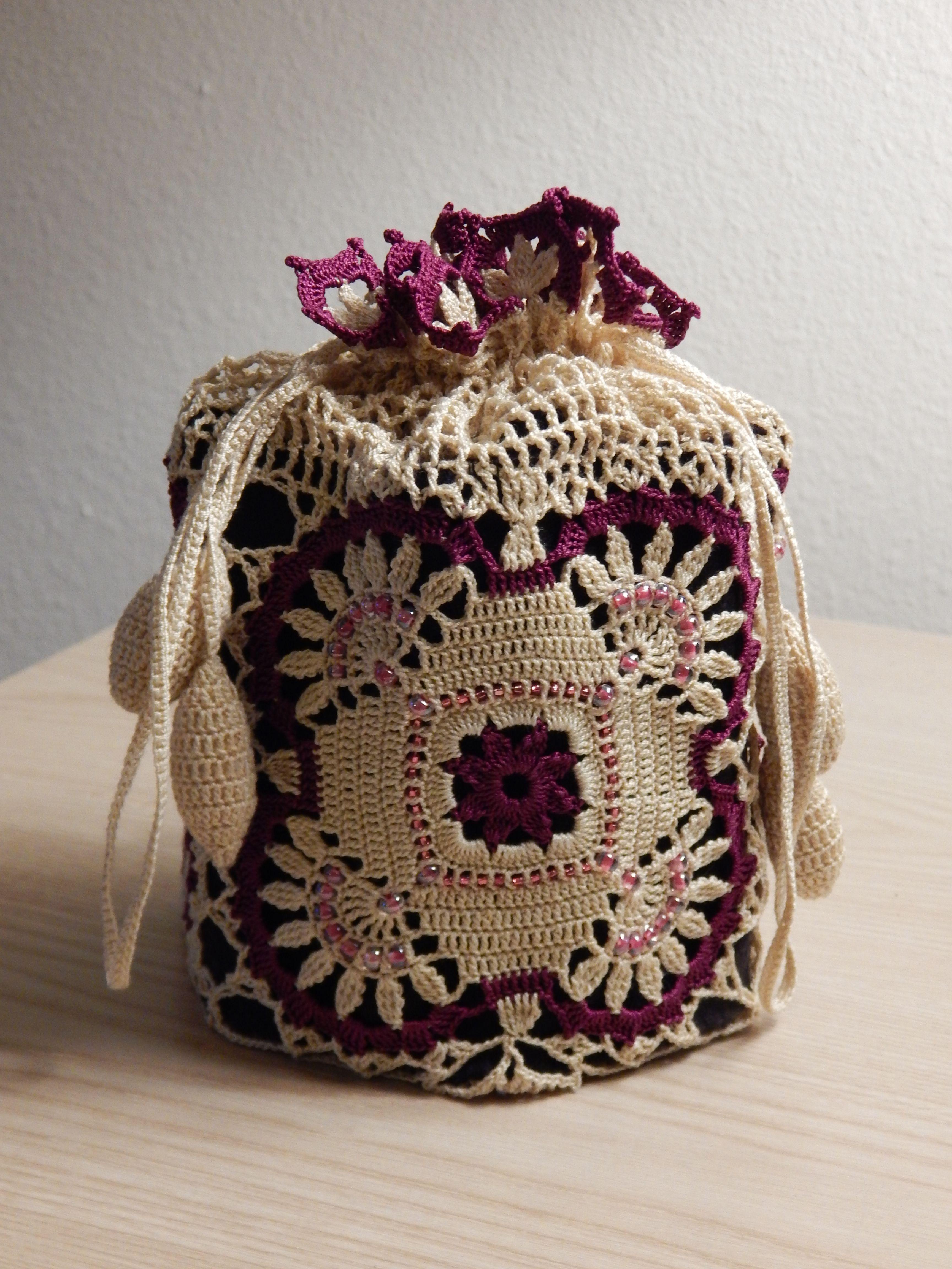 Beaded Reticule (drawstring bag) by Dawn Holbrook | Crochet batwa ...
