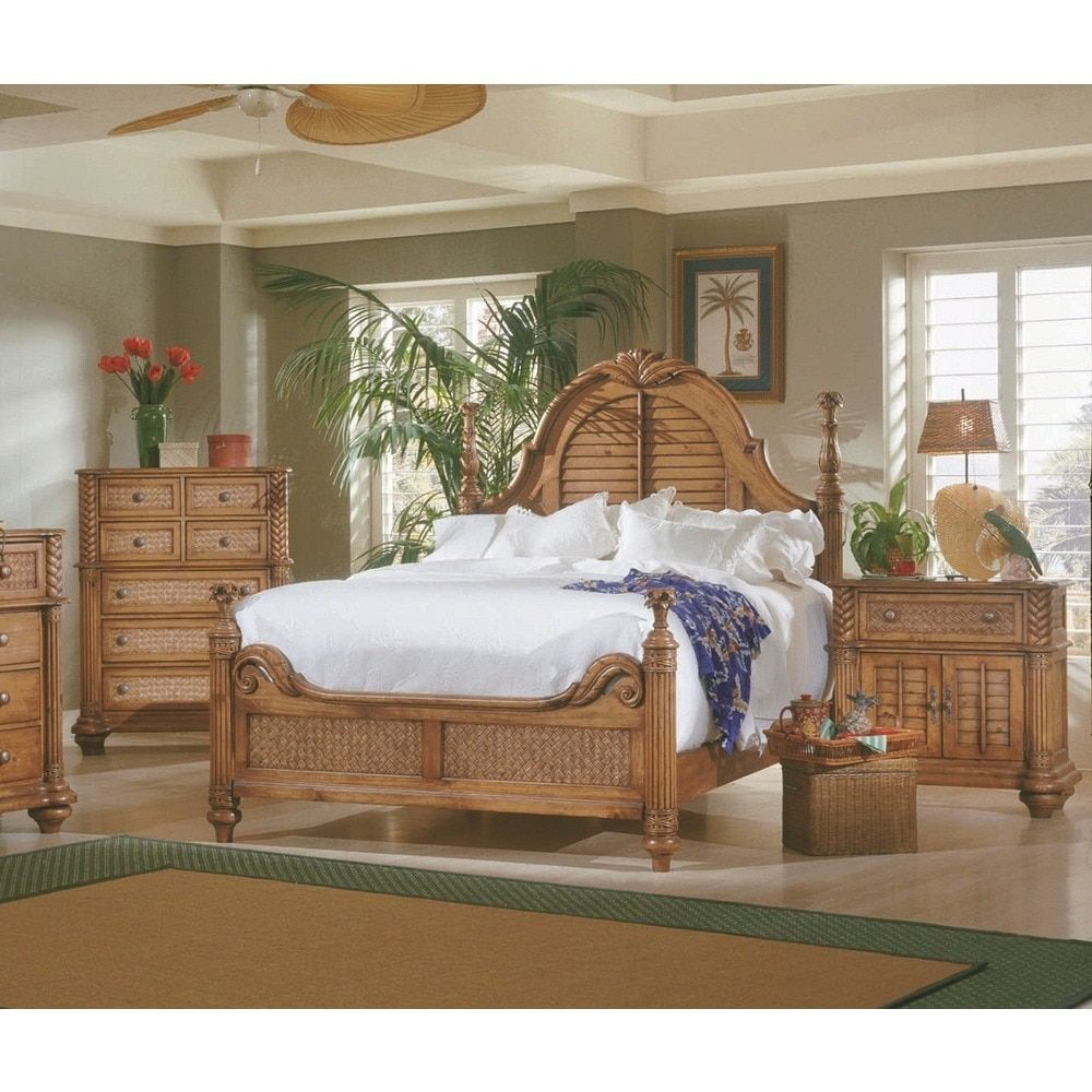 Palm Court Pine Wood 4 Post Island Bed By Progressive