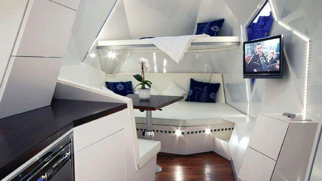 Interior de la caravana de mehrzeller lujo sobre ruedas - Interior caravana ...