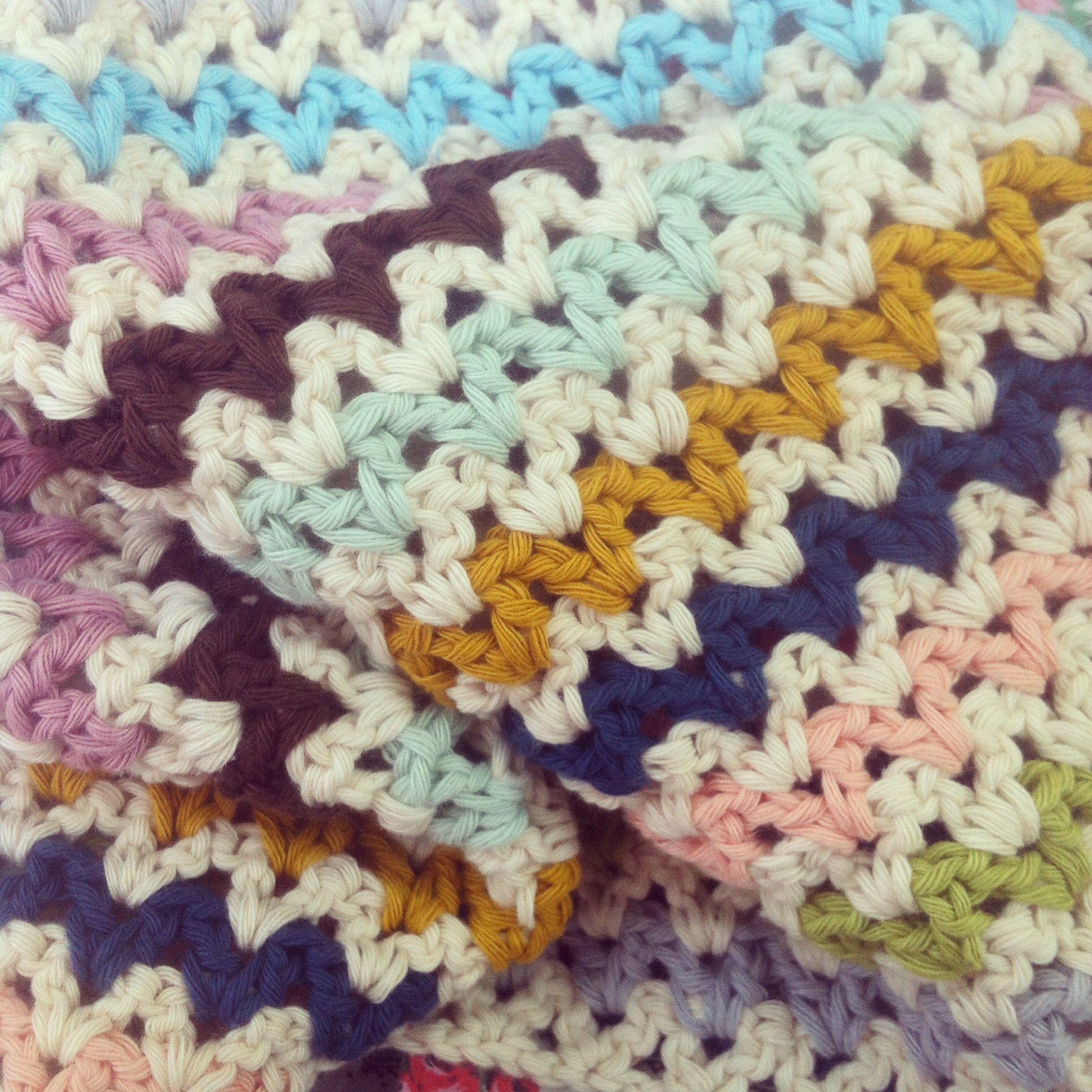 My v stitch blanket pattern from annemaries haakblog drops my v stitch blanket pattern from annemaries haakblog drops paris yarn bankloansurffo Gallery