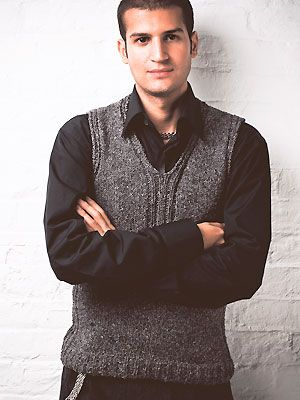 Knitting Patterns For Men s Sweater Vests : Knit a mens sleeveless V-neck sweater: free knitting ...