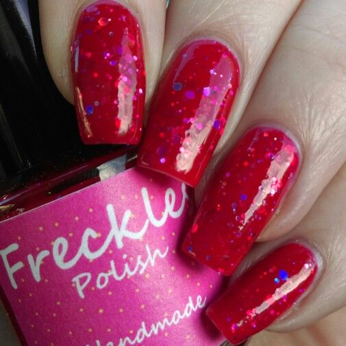 Here's a sneek peek of one of the valentines polishes from my Love Me, Love Me Not Collection which will be released on Friday 30th January!  This is Love At First Sight, a red jelly filled with silver holographic hex! Www.etsy.com/shop/frecklespolish #frecklespolish #nails #nailart #nailartwow #nailsforyummies #nailartoohlala #naturalnail #nofilter #indie #indiepolish #ukindies #ukindienews #ukindieswatch #indieswatch #instanails #ignails #nailpromote #notd #nailpolish #nailporn #nailaddict…