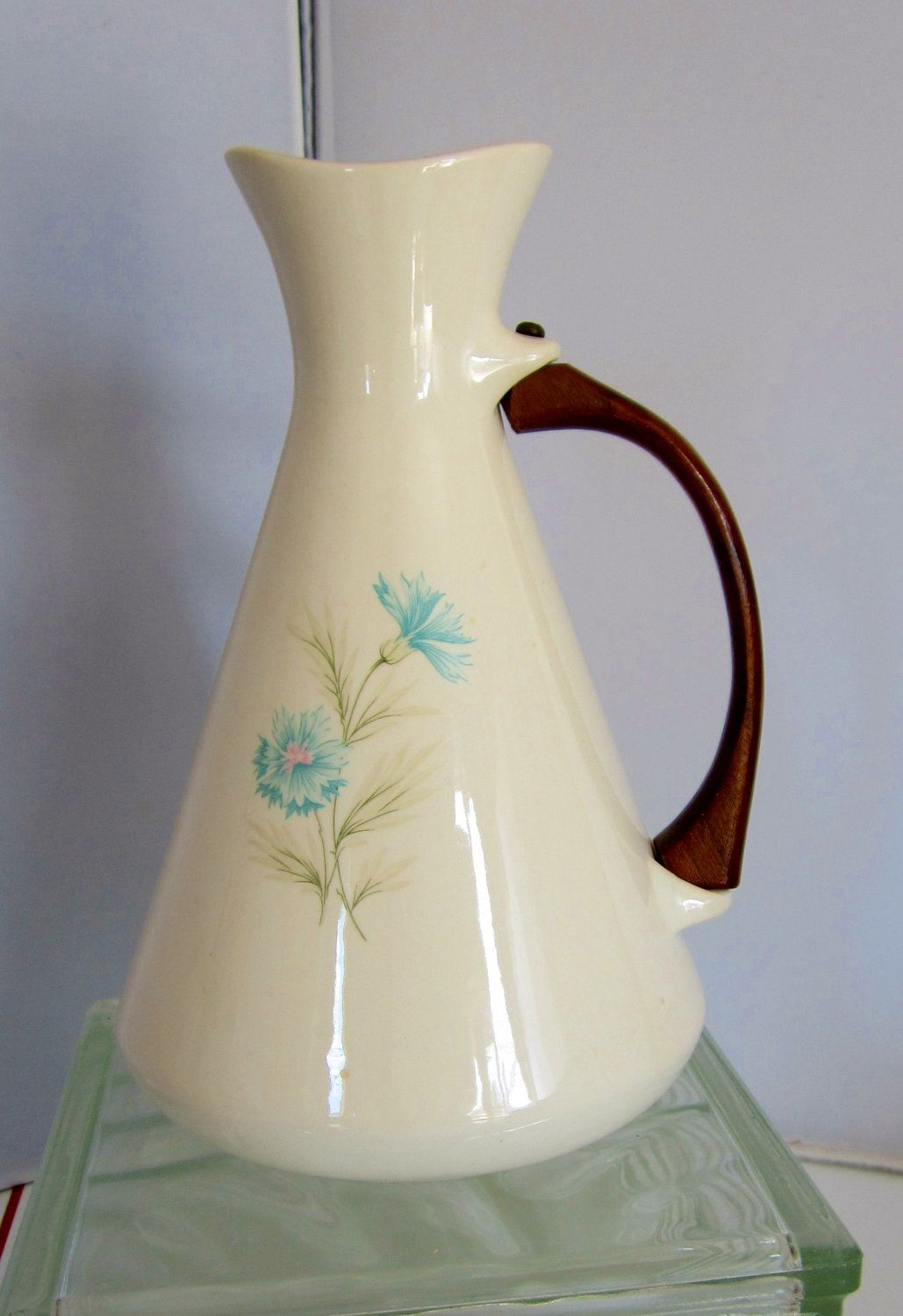 vintage 1950s taylor smith taylor ever yours boutonniere pitcher carafe on kitchen decor pitchers carafes id=93305