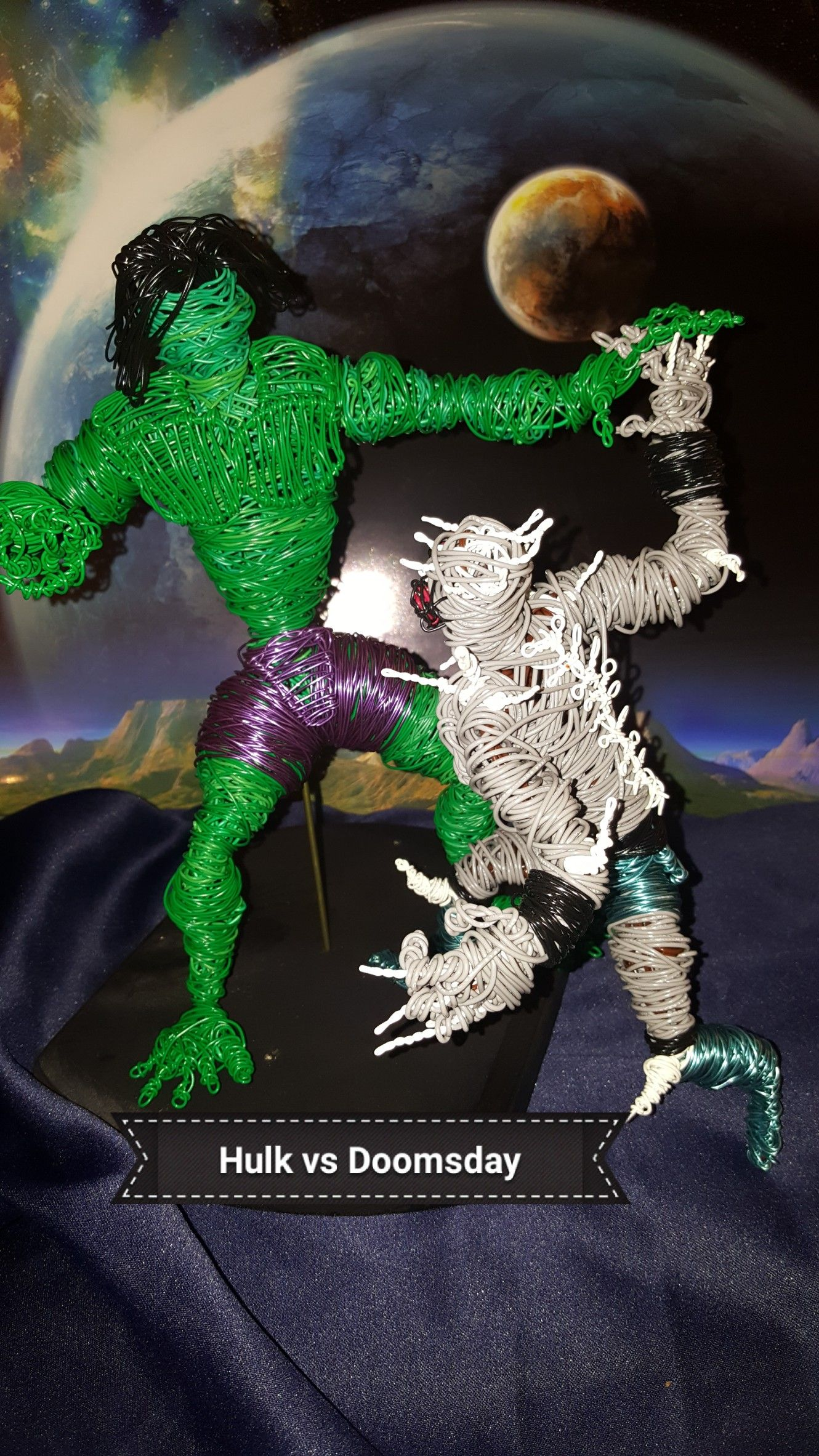 An epic battle Hulk vs Doomsday. These two powerful beings ... Doomsday Vs Hulk Who Wins
