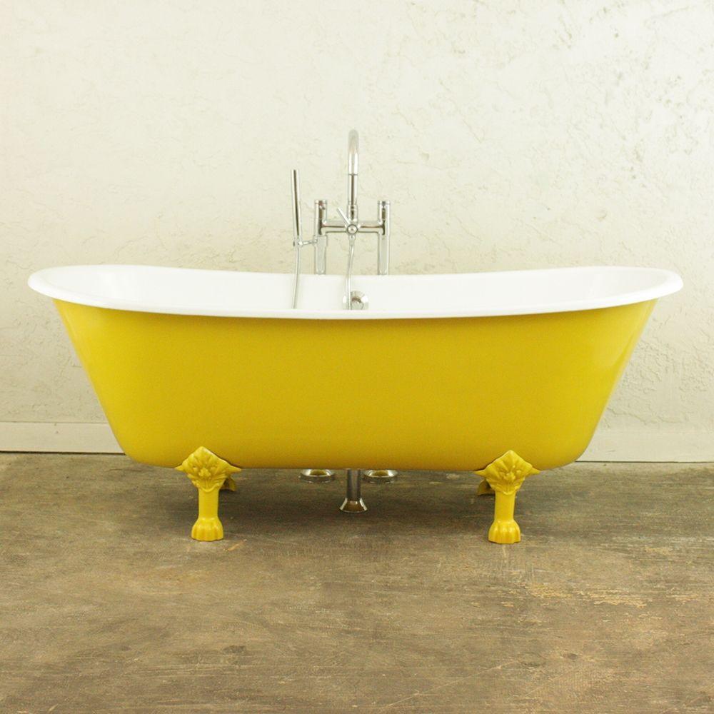 The marrakeshu u cast iron french bateau clawfoot bathtub with a