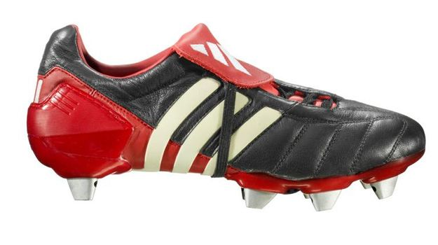 on sale 8f9db 93c1c Adidas Predator Mania 2002